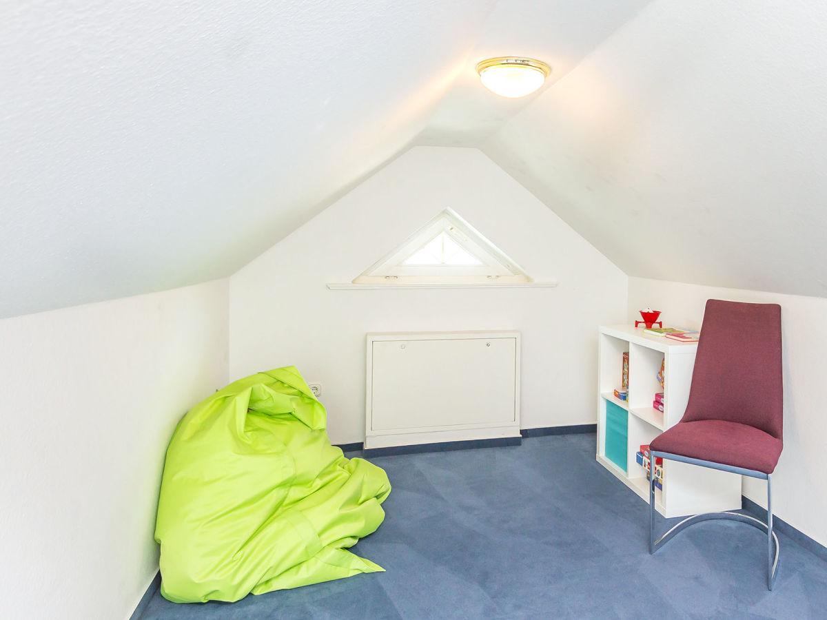 ferienwohnung appartement barcelona timmendorfer strand herr bastian wegner. Black Bedroom Furniture Sets. Home Design Ideas
