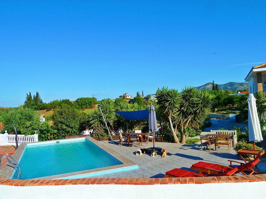 Ruhige Ferienwohnung mit Pool