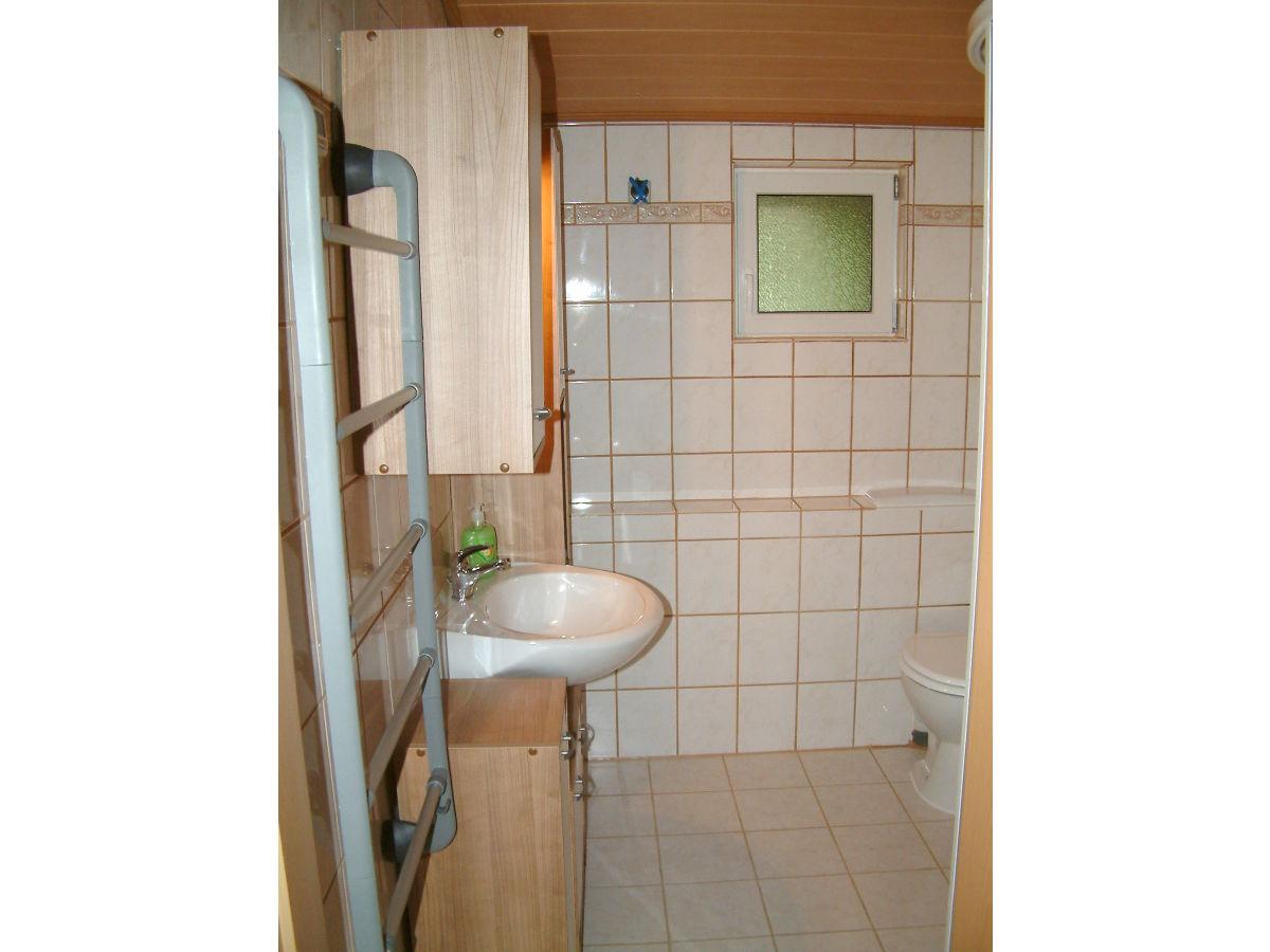 Badezimmer stauraum interieur und wohndesign ideen - Badezimmer stauraum ...