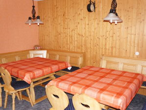 Holiday apartment Anders (up to 14 persons)