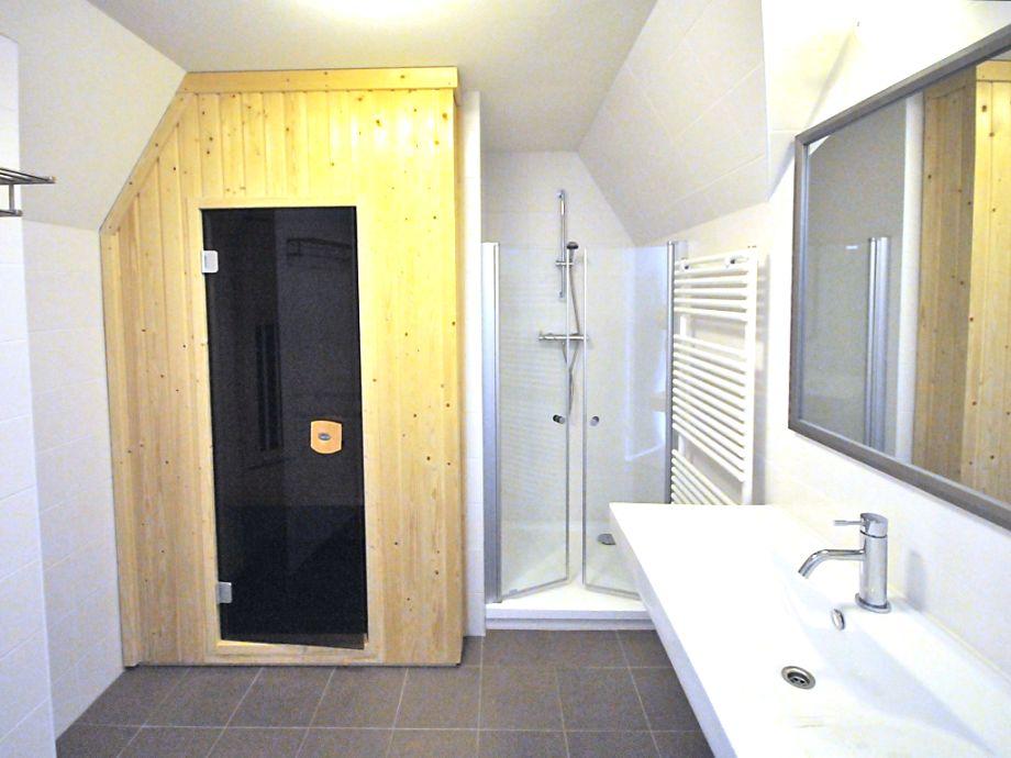 luxus badezimmer wei mit sauna