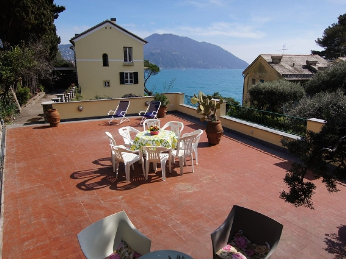 Ferienhaus dependance villa royal italien ligurien for Villa royale