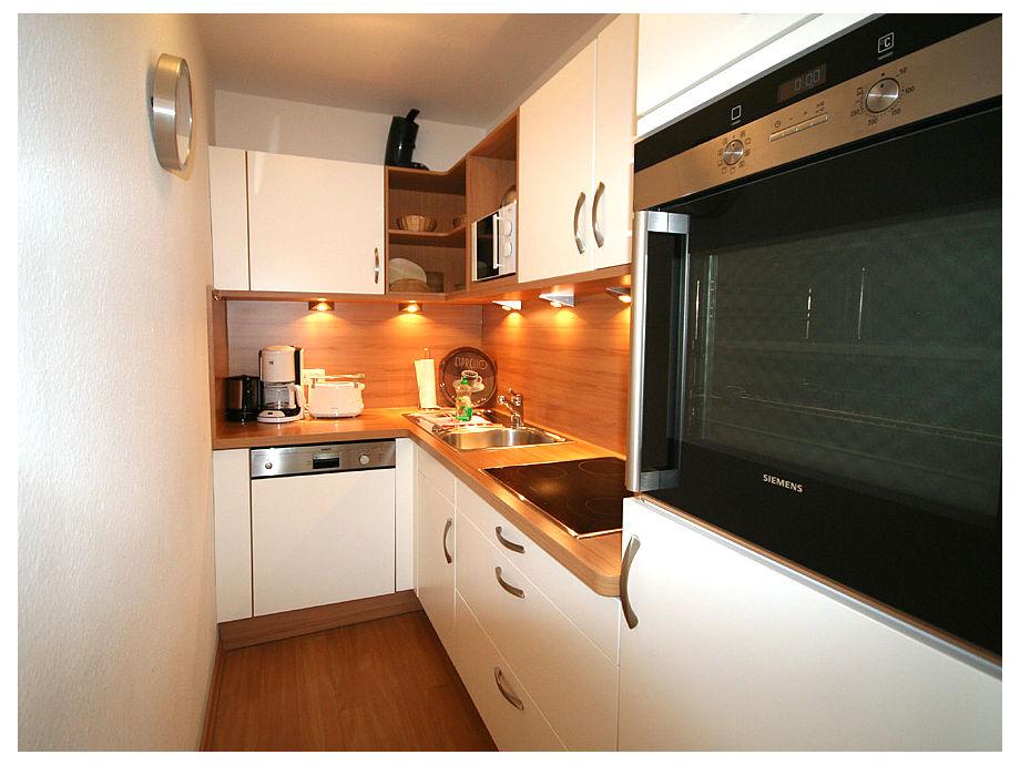 Schöne, separate Küche