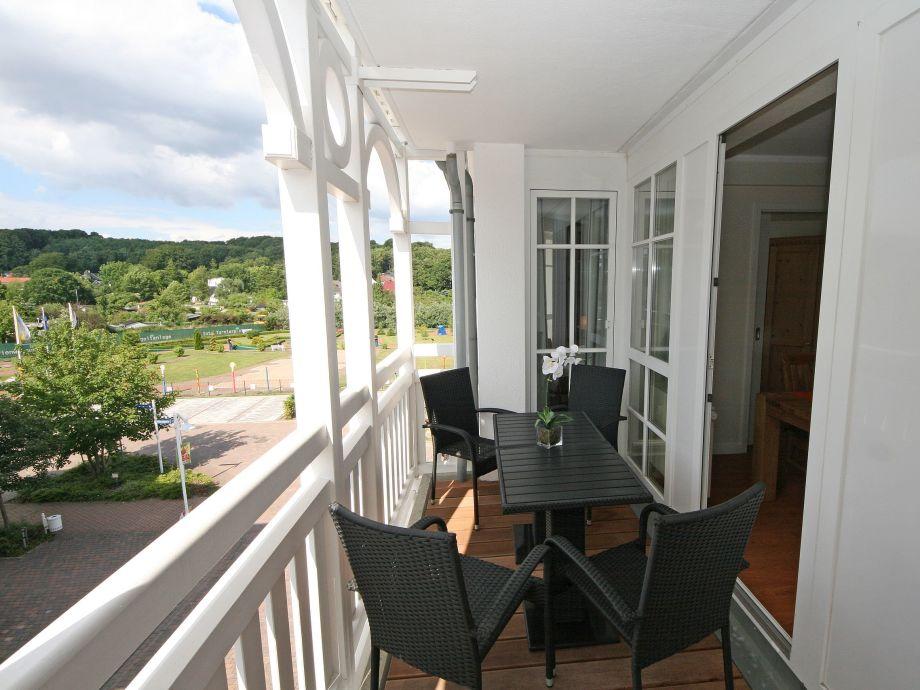 Der möblierter Balkon