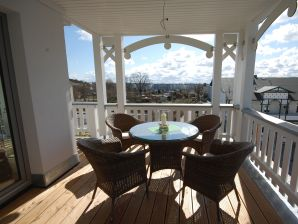 Ferienwohnung Baltica mit Süd/Westbalkon in der Villa Annika
