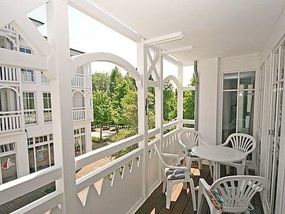 Außenaufnahme 422 mit Balkon im Haus Baabe
