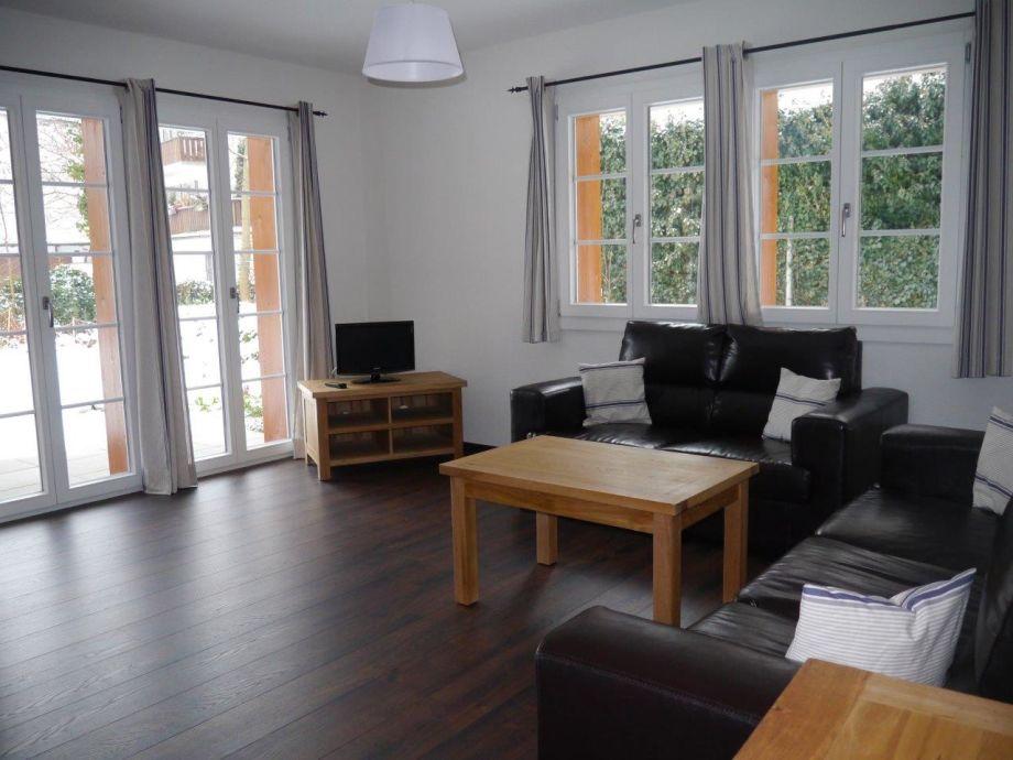 ferienwohnung citychalet jungfrau region firma. Black Bedroom Furniture Sets. Home Design Ideas