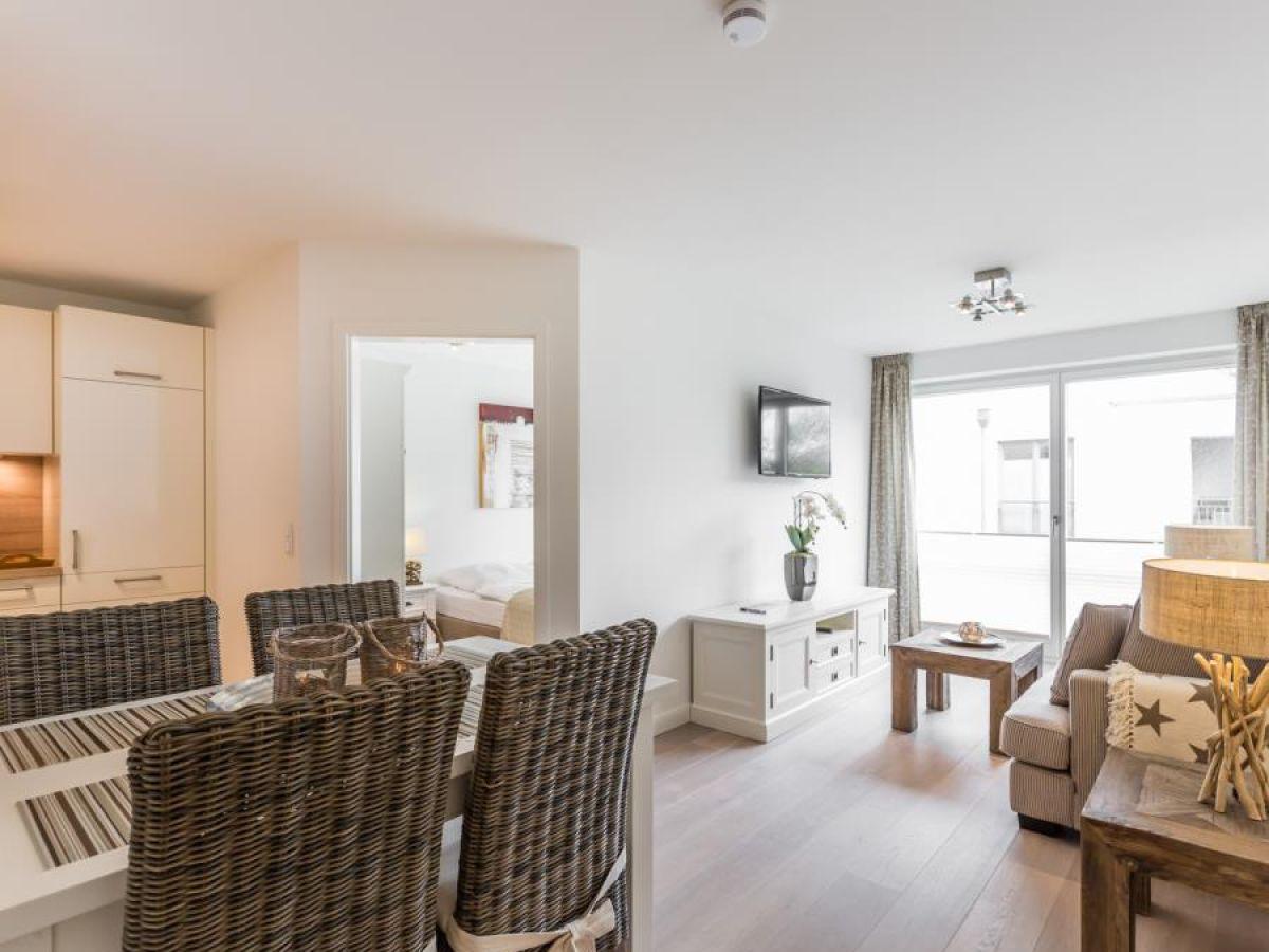ferienwohnung viktoria 4 you whg 06 nordfriesland. Black Bedroom Furniture Sets. Home Design Ideas