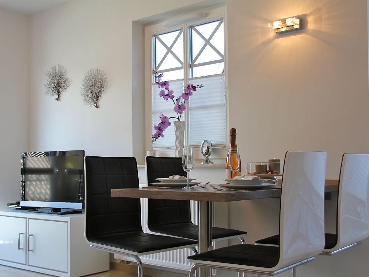 ferienwohnung karavelle residenz kapit n parow ostsee. Black Bedroom Furniture Sets. Home Design Ideas