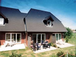 Ferienhaus Rittersporn 10c