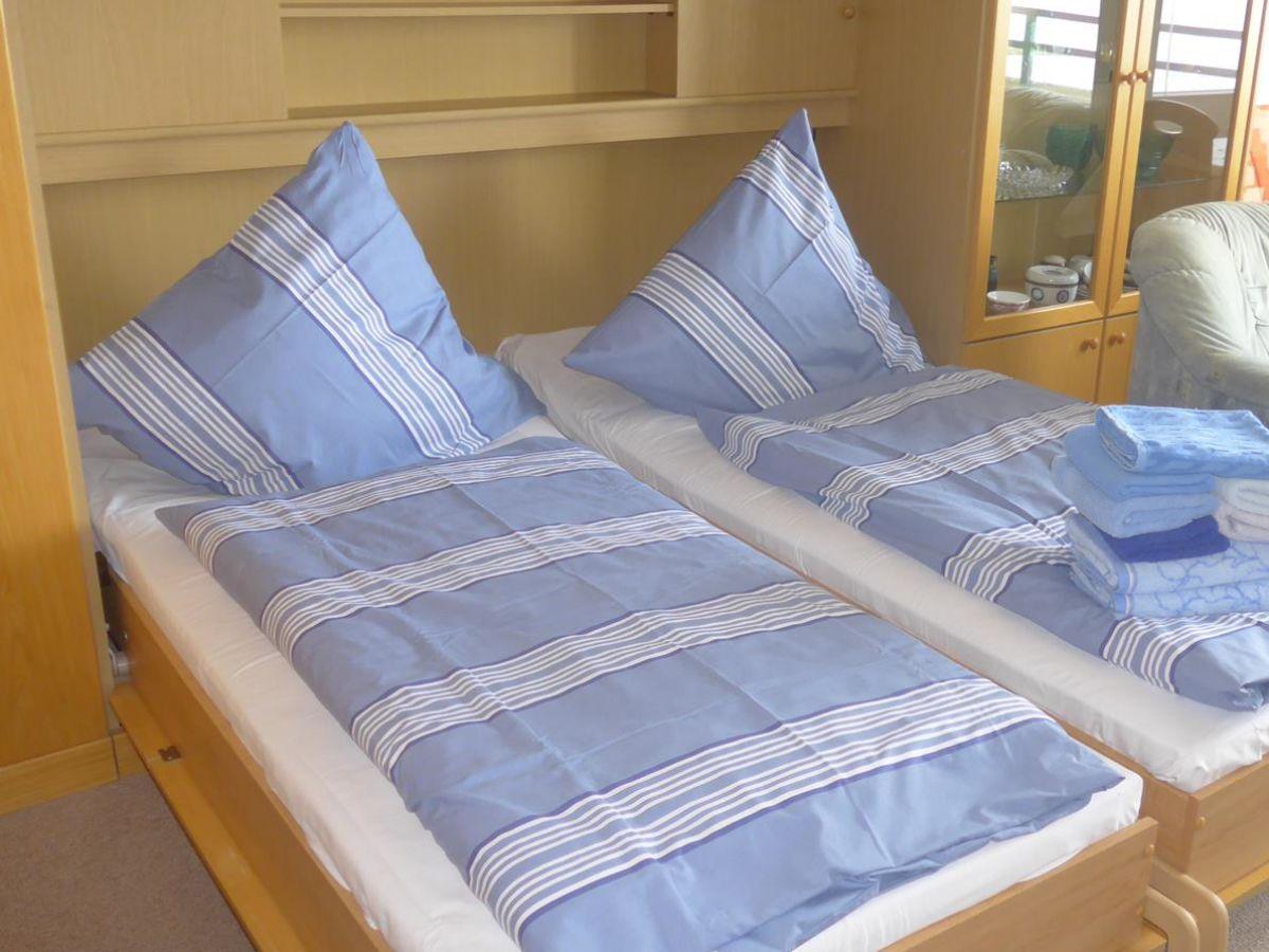ferienwohnung 81 fewo mit meerblick westbalkon haus. Black Bedroom Furniture Sets. Home Design Ideas