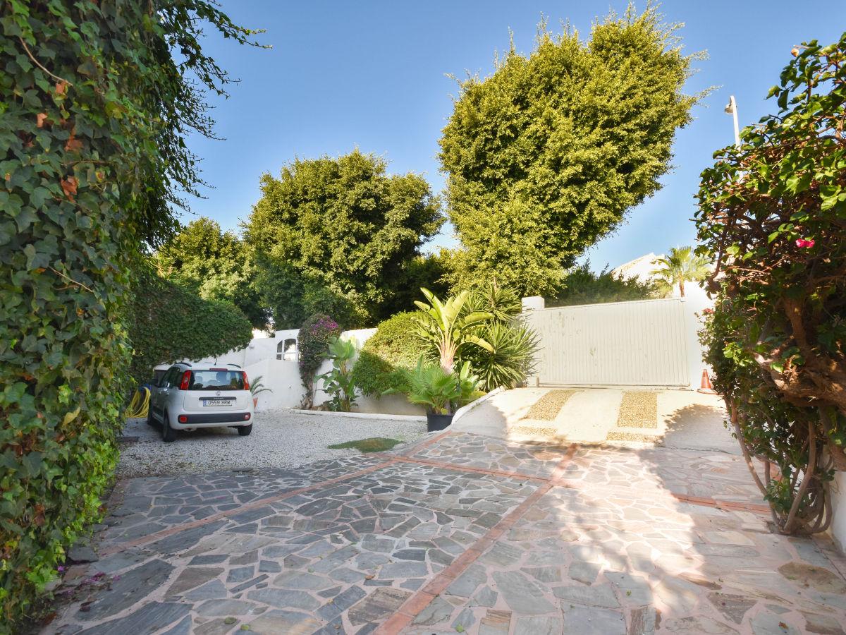 ferienwohnung luxuri ses loft direct am strand costa del sol marbella andalusien costa del. Black Bedroom Furniture Sets. Home Design Ideas