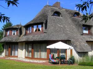Ferienwohnung OG im Haus Jan Mayen (ID 151)