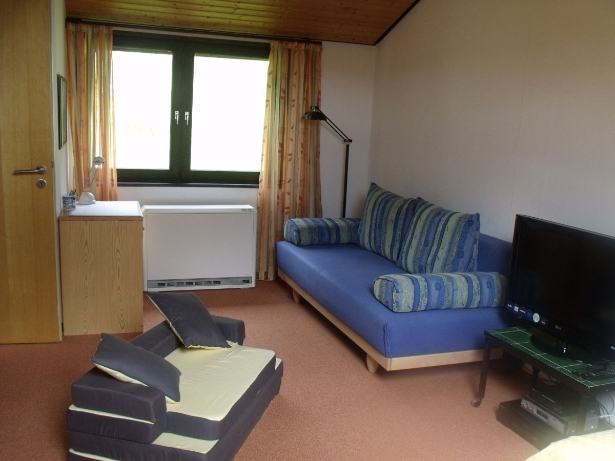 ferienhaus rh ndistel bischofsheim frau lisa maria jany. Black Bedroom Furniture Sets. Home Design Ideas