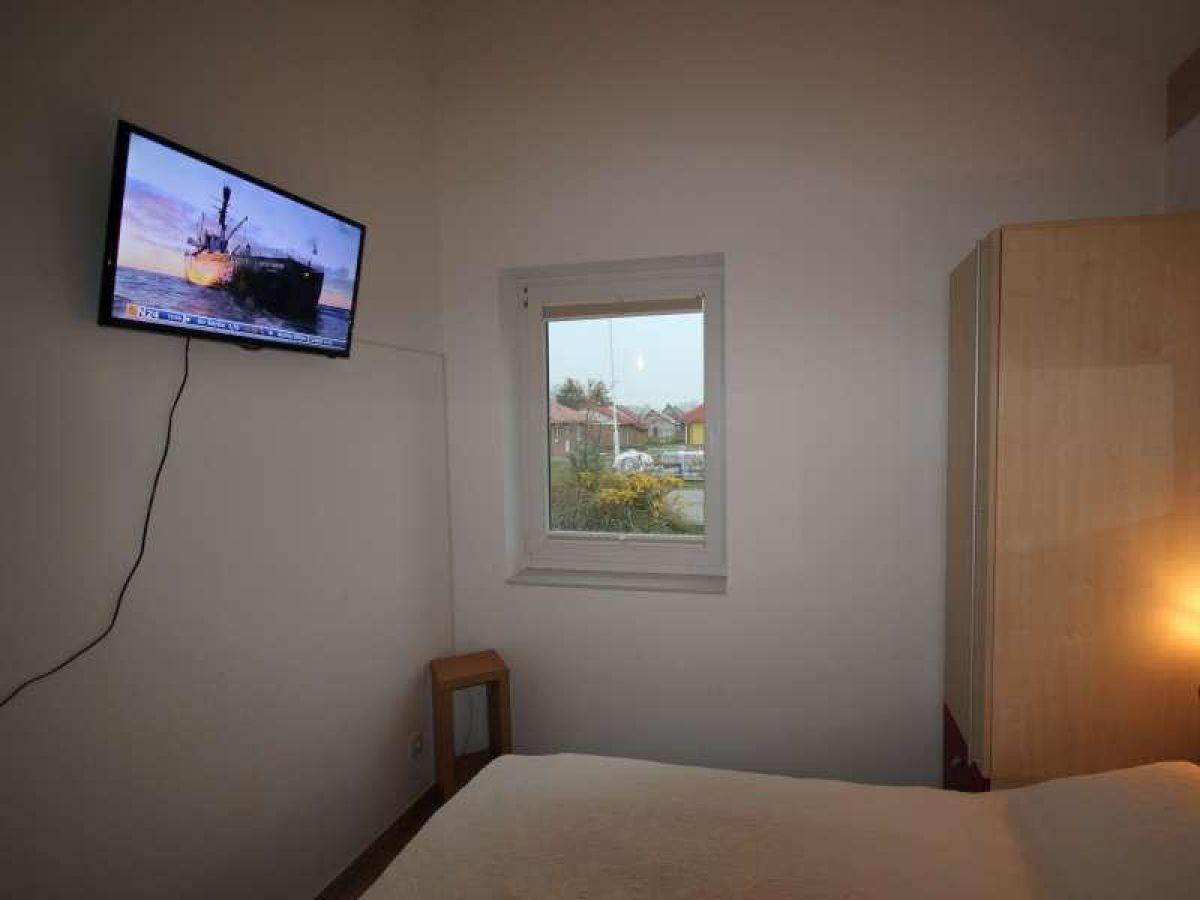 Tv Schlafzimmer : Schlafzimmer mit TV Schlafzimmer mit Einzelbetten ...