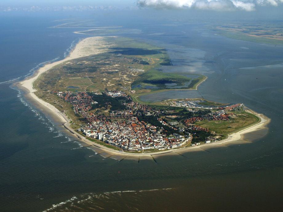 Ferienwohnung Lüttje Eiland 2, Norderney-Nordsee-Insel-Meer-Strand-Niedersachsen - Firma Peter ...