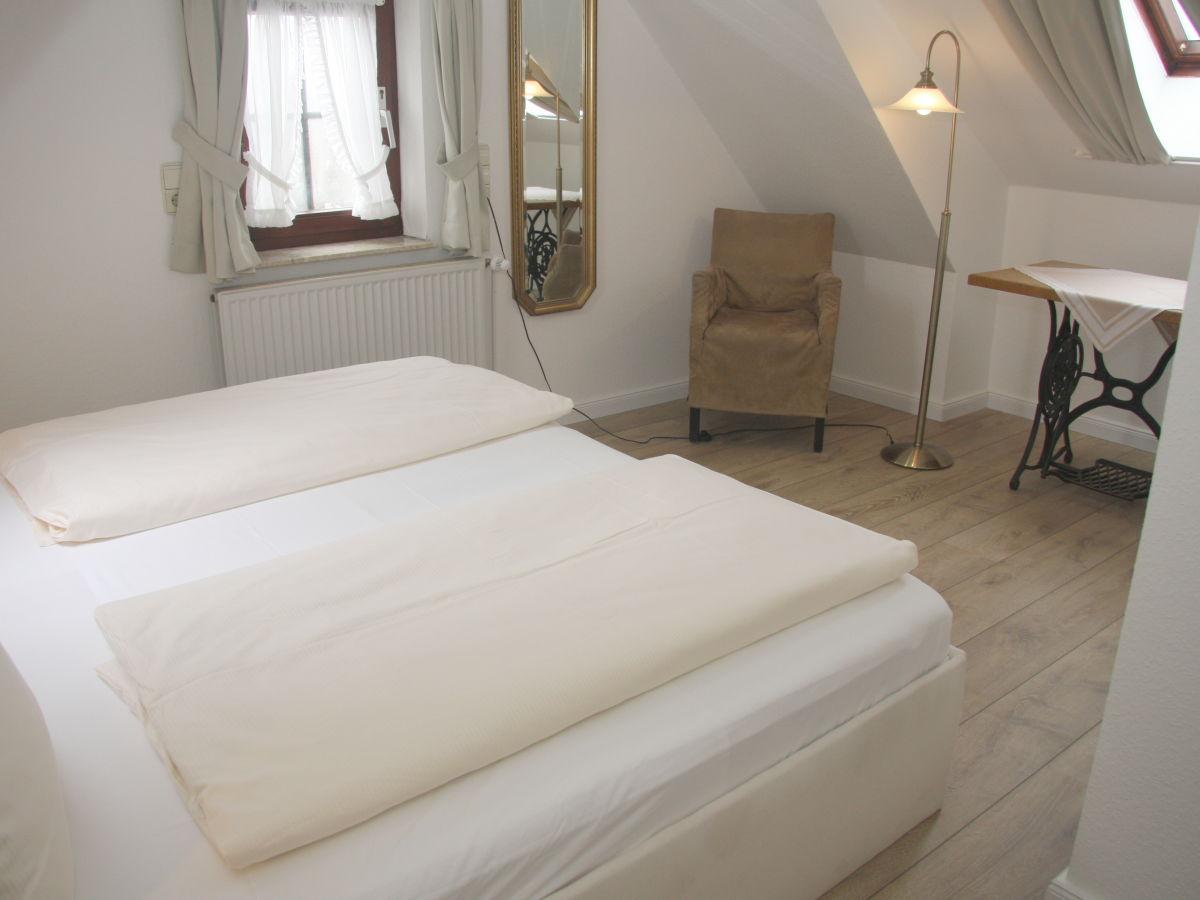 ferienwohnung haus gr de wohnung 4 sylt firma sylter appartement frau jutta freddrich. Black Bedroom Furniture Sets. Home Design Ideas