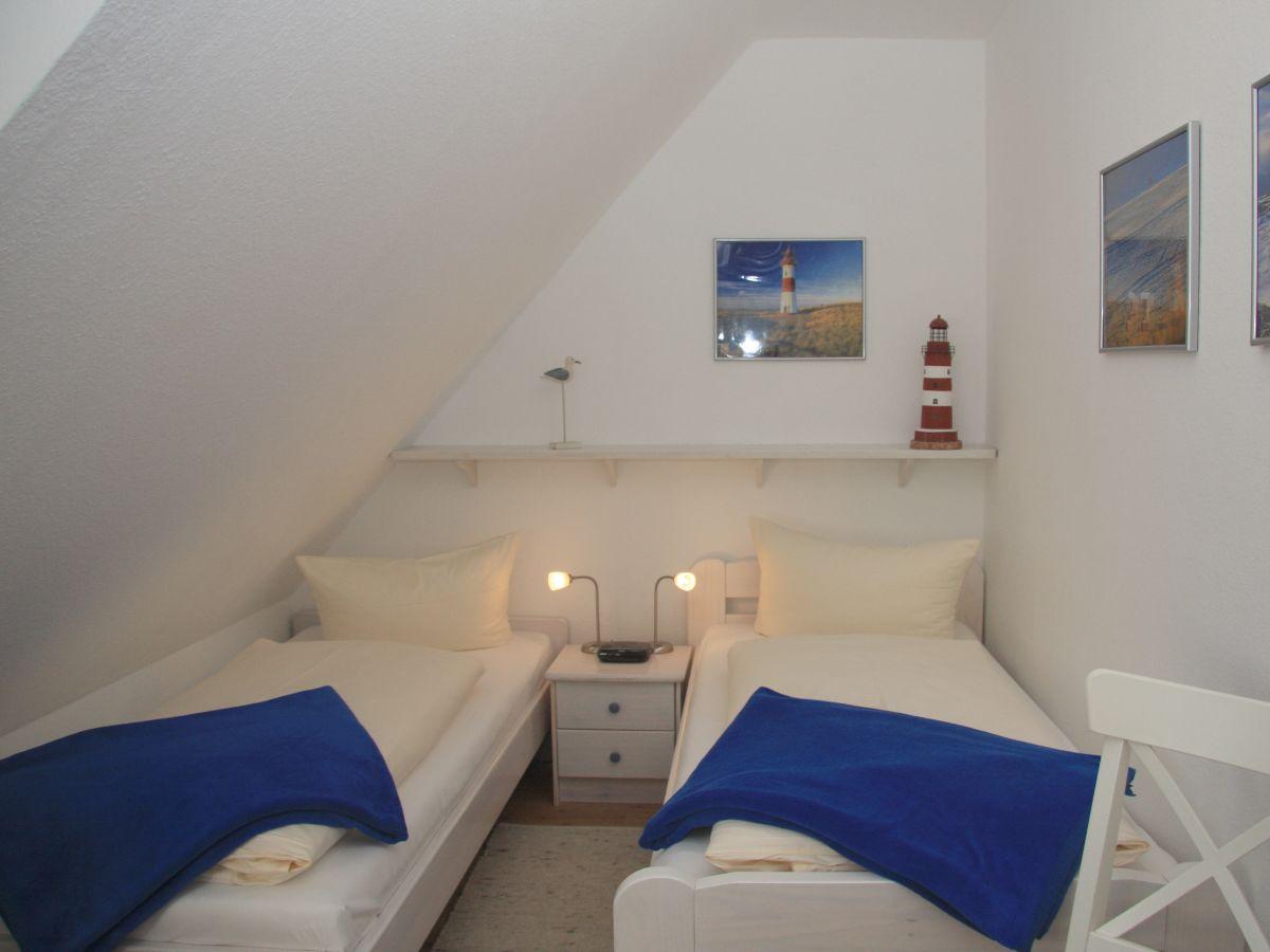 Kinderzimmer Jutta | Ferienwohnung Risgap 9 Wenningstedt Firma Sylter Appartement