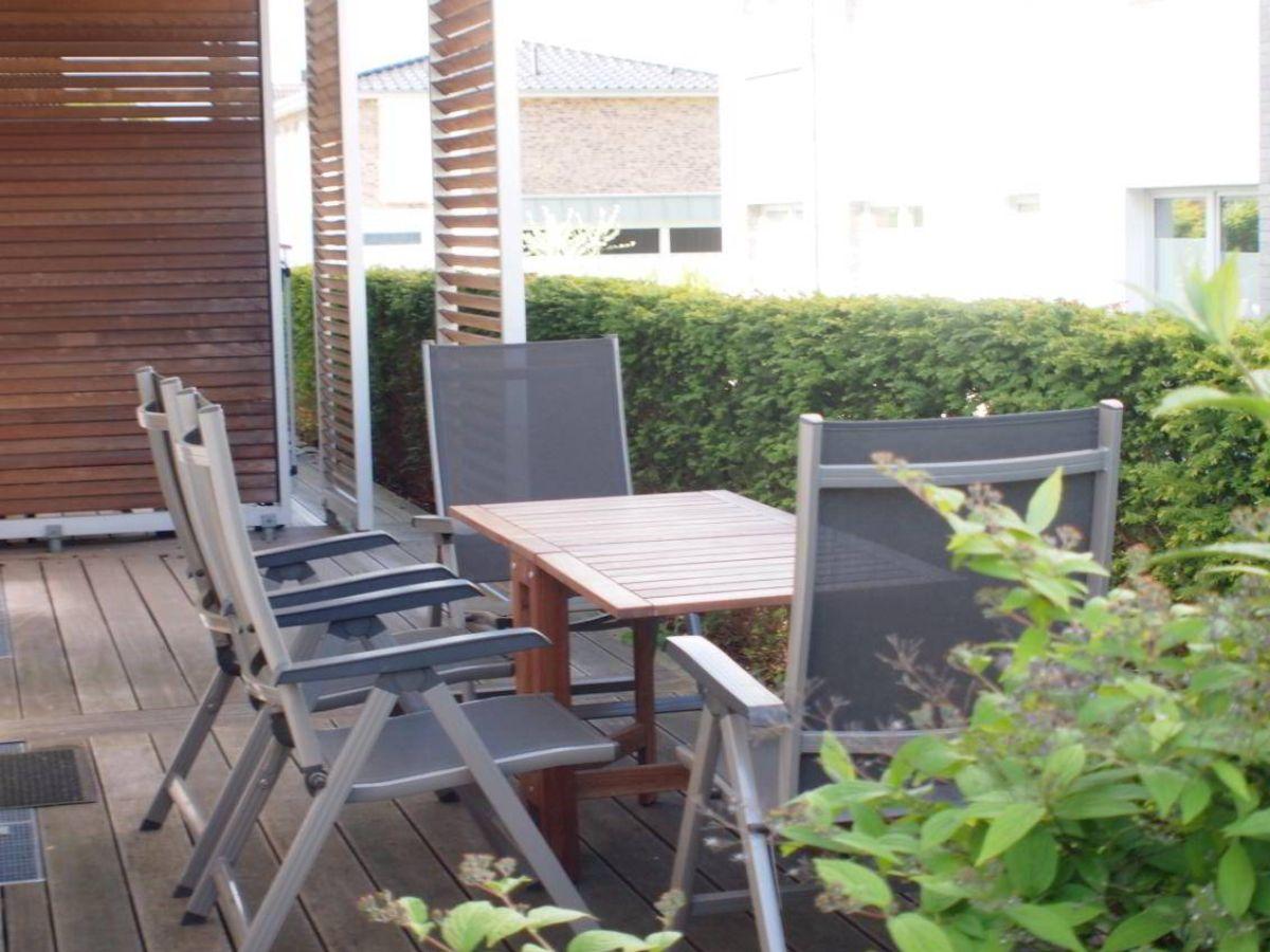 ferienwohnung wohnen am meer whg 3 timmendorfer strand firma ostsee living frau birgit. Black Bedroom Furniture Sets. Home Design Ideas