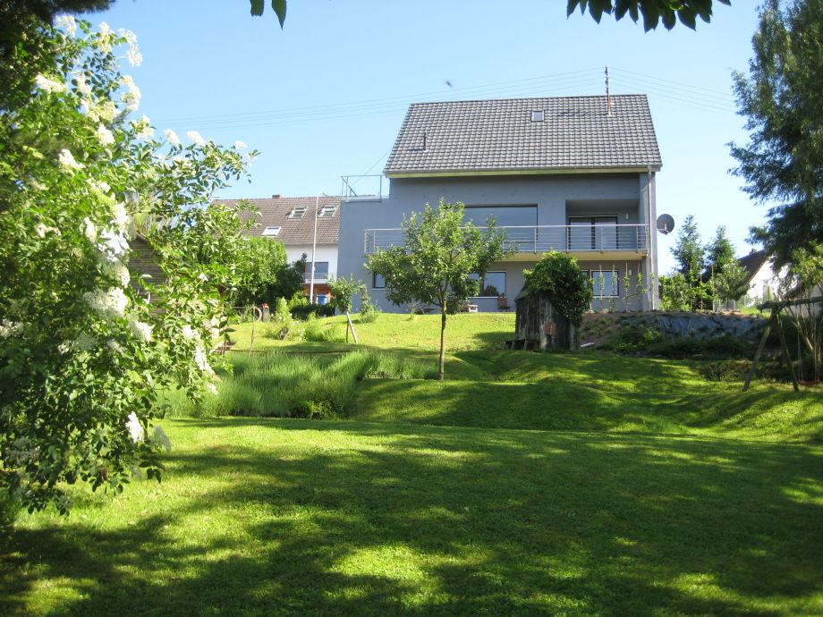 Blick vom Garten auf unser Haus