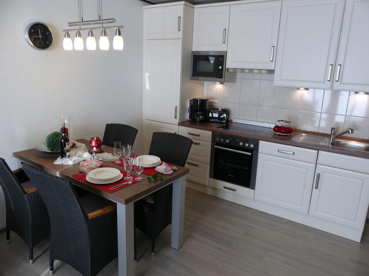 ferienwohnung koje 55 am stadtwald wohnung 9 ostsee mecklenburg vorpommern k hlungsborn. Black Bedroom Furniture Sets. Home Design Ideas