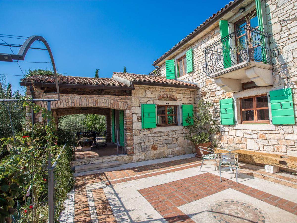 Solis Garden Apartments