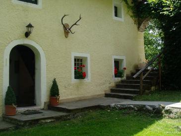 Ferienwohnung Altes Forsthaus - Schloss Wasserleonburg