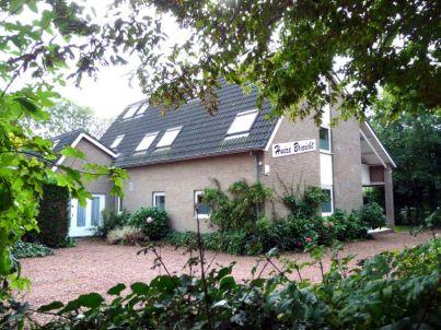 in Oostkapelle mit Balkon - ZE322