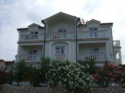 in der Villa Sarah
