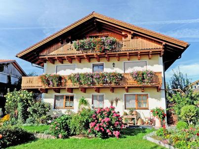 Monika Anner im Chiemgau