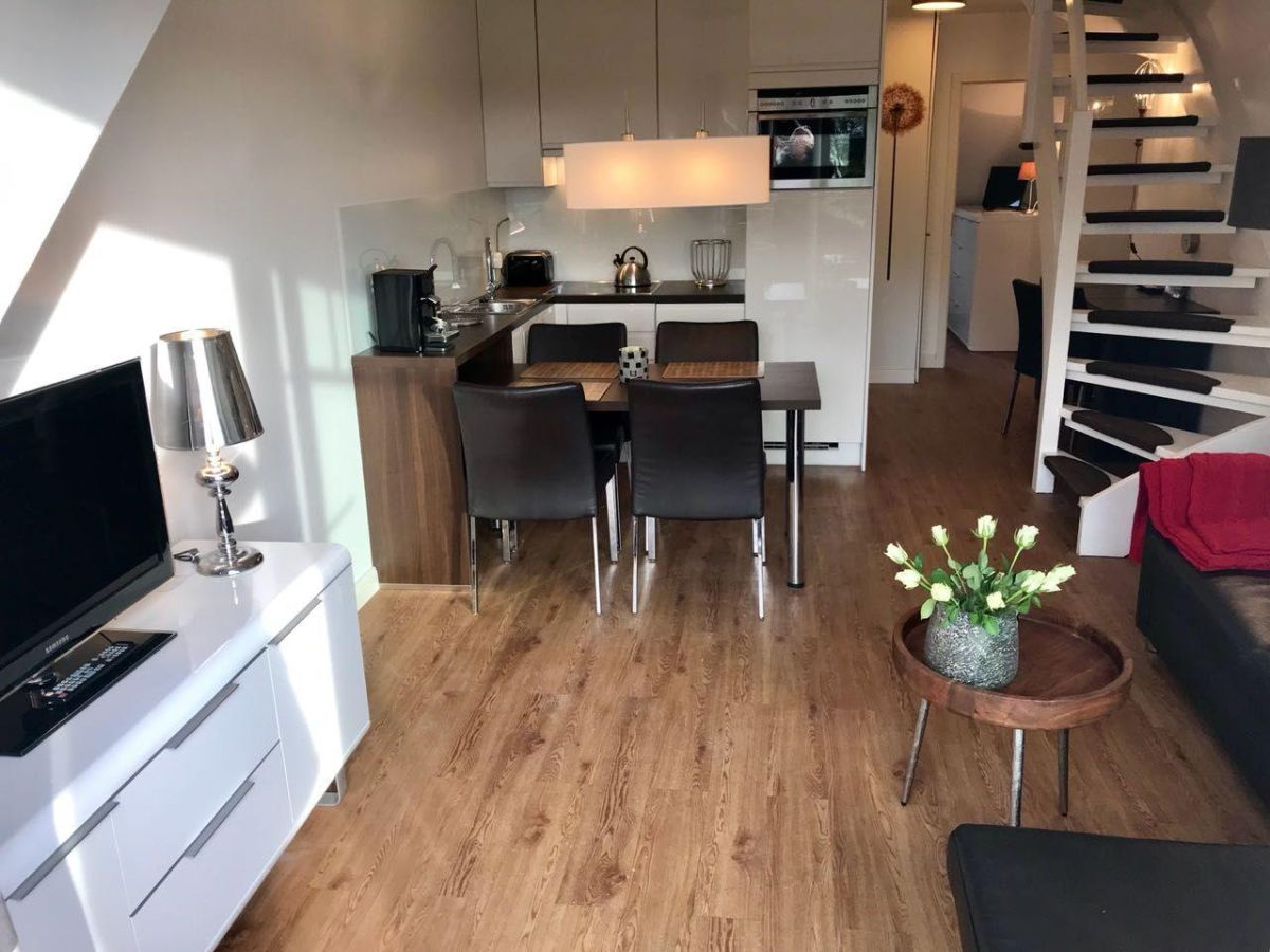 ferienwohnung 7 in westerland sylt westerland kolbergerstr 22 wohn nr 7 firma fewo. Black Bedroom Furniture Sets. Home Design Ideas