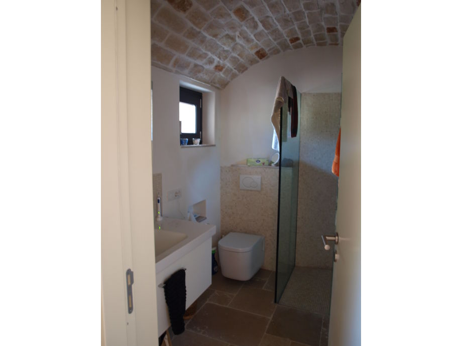 Ferienhaus trullo sorella apulien italien familie for Modernes bad mit dusche