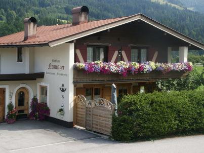 im Gästehaus Neumayer
