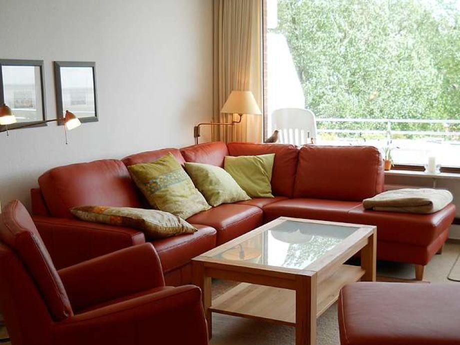 Das Wohnzimmer hat ca. 32 qm. Die neue, sehr beque[...]