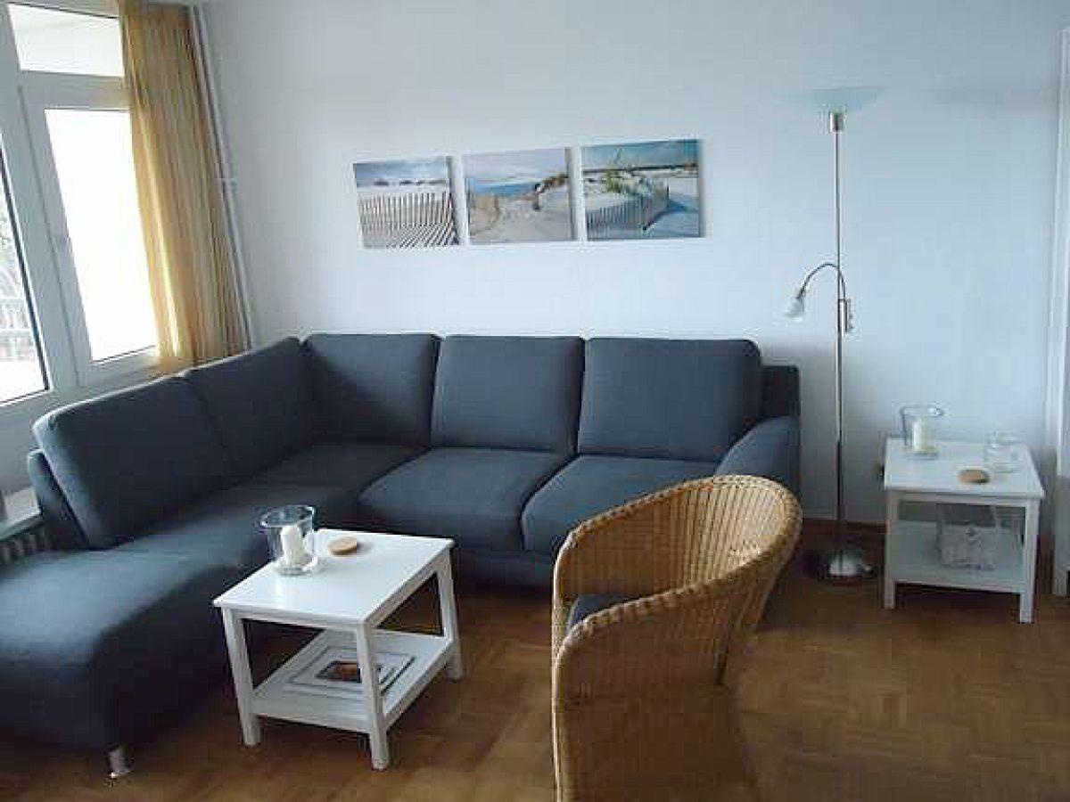 ferienwohnung haus oland whg 17 wyk auf f hr firma h rmann urlaubsdomizile f hr gmbh. Black Bedroom Furniture Sets. Home Design Ideas