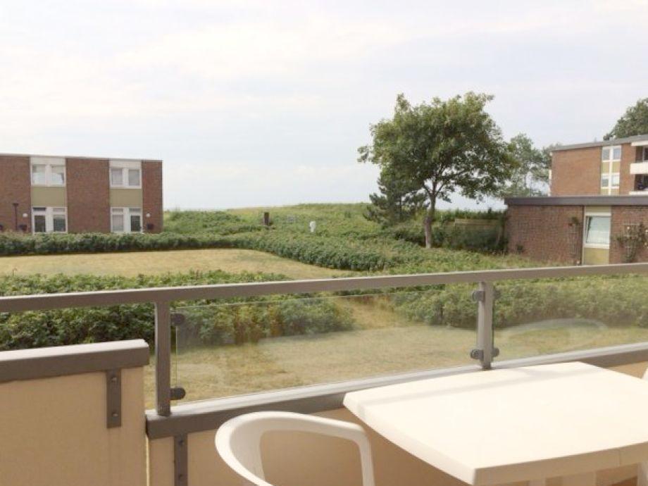 Vom Wohnraum haben Sie Zugang zum Balkon!