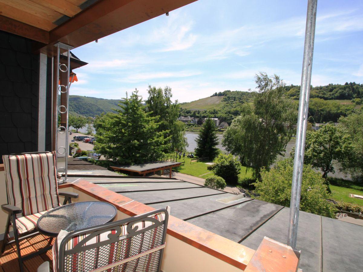 Ferienwohnung Simonis Alleinnutzung Hallenbad Mosel Firma Ferienhaus Simonis Herr Ulrich