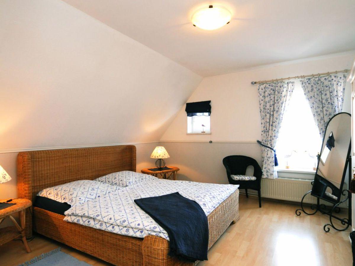 ferienwohnung heemeyer 1 og fischland darss frau christine heemeyer. Black Bedroom Furniture Sets. Home Design Ideas