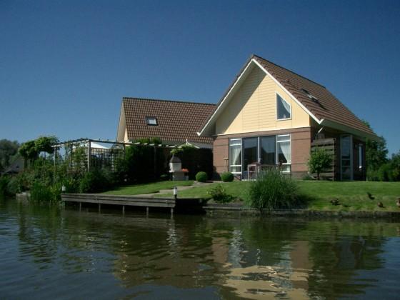 ferienhaus haus am ijsselmeer nordholland ijsselmeer. Black Bedroom Furniture Sets. Home Design Ideas