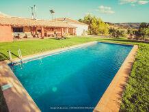 Ferienwohnung Villa mit Pool und Spa