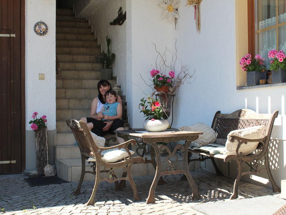 ferienwohnung urlaub auf den ferienhof fischerhof bayerischer wald firma ferienhof. Black Bedroom Furniture Sets. Home Design Ideas