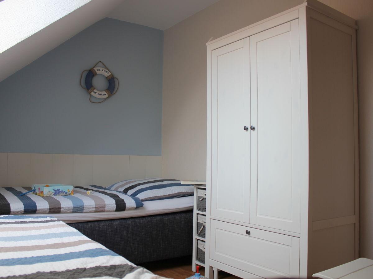 ferienwohnung auf dem bauernhof h per avendorf familie h per. Black Bedroom Furniture Sets. Home Design Ideas