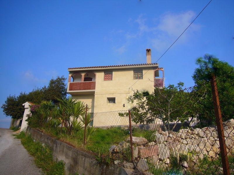 Ferienhaus Mandorla, Landhaus im Weinberg nahe Bosa