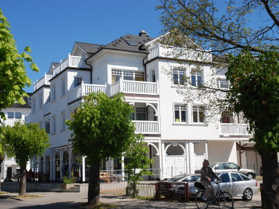 Villa Laetitia  F561 WG 16 im 2. OG mit Balkon