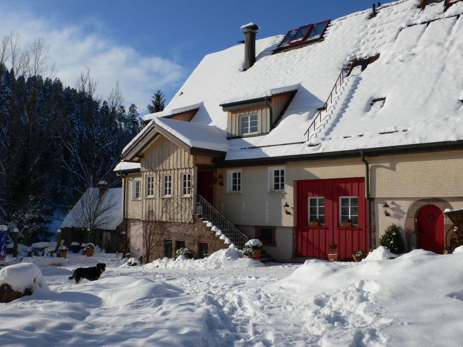 Haupthaus Hof Reichenbachtal im Winter
