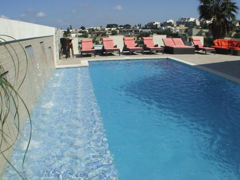 Ringway Villa mit Pool /Air Cond / BBQ Area