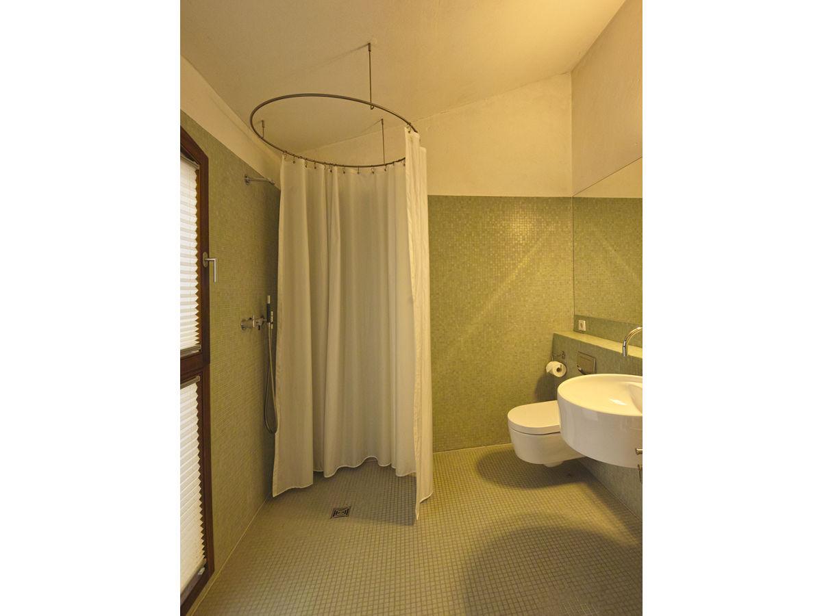 ferienwohnung gro es gartenapartment potsdam und berlin firma zimmer mit ausblick gbr frau. Black Bedroom Furniture Sets. Home Design Ideas