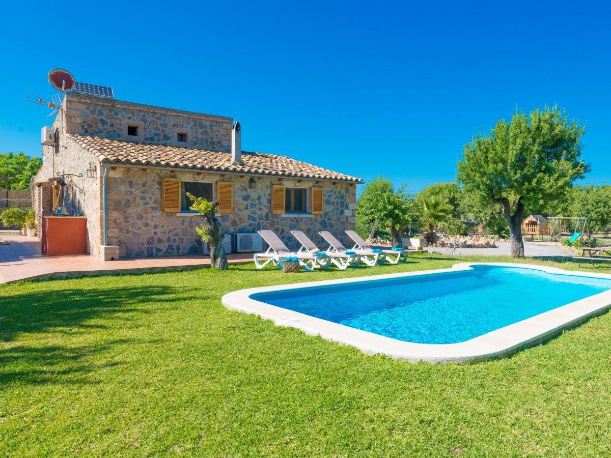 Finca Family Landhouse With Pool 113 Alcudia Company Mallorca