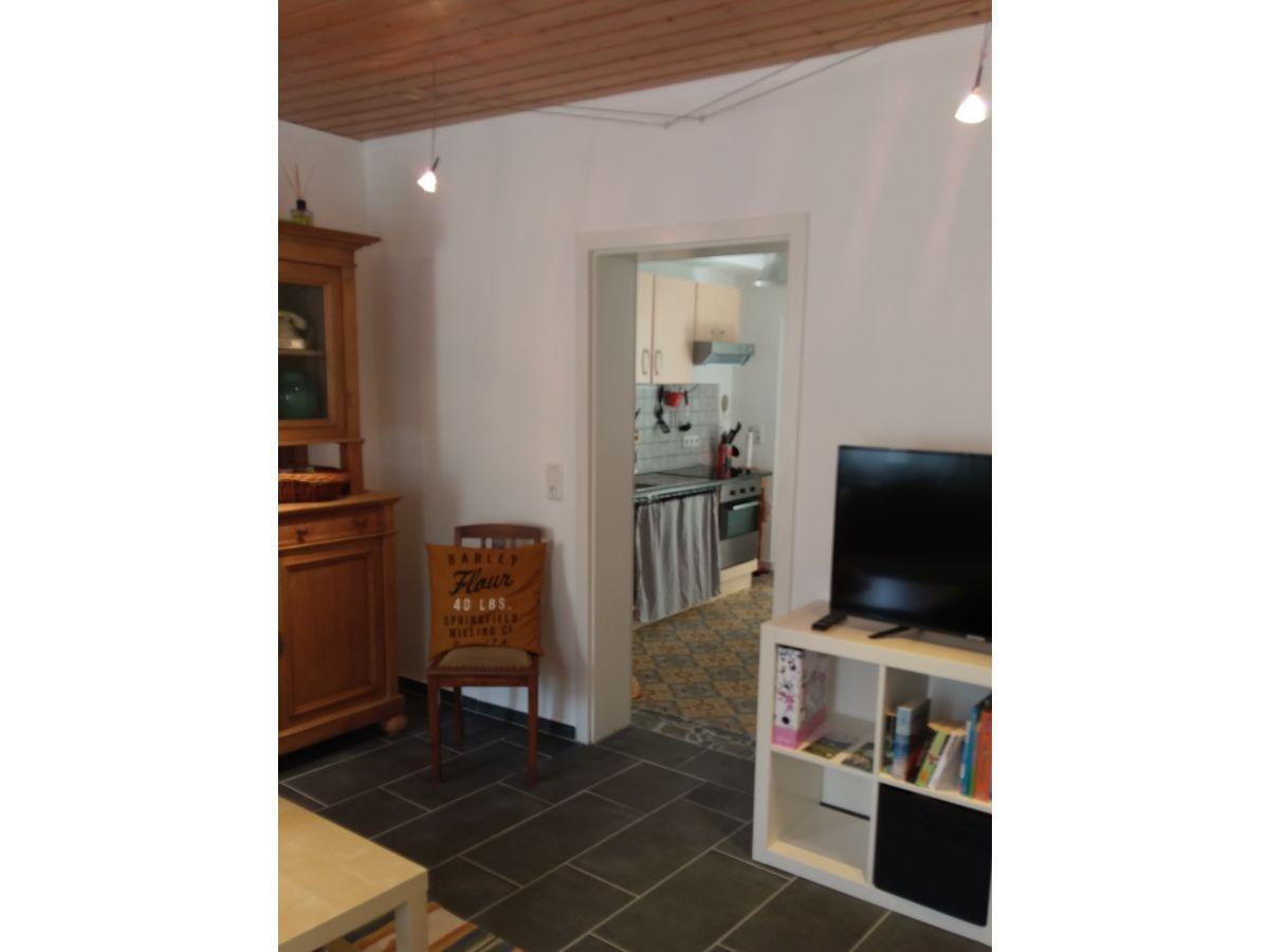 ferienwohnung no 2 am steinbrunnen brauneberg frau moni conrad. Black Bedroom Furniture Sets. Home Design Ideas