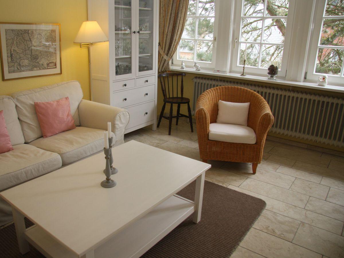 ferienwohnung haus frisia 2 sylt firma sylter appartement frau jutta freddrich. Black Bedroom Furniture Sets. Home Design Ideas